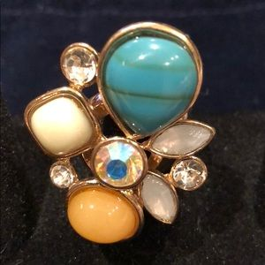 Jewelry - Stretchy gold gem stone ring